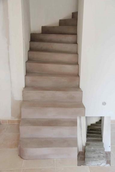 Escalier en béton ciré ombre calcinée réalise sur marches en béton.